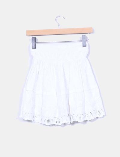 Falda evase guipur blanca