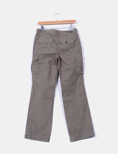 Pantalon kaki estilo safari