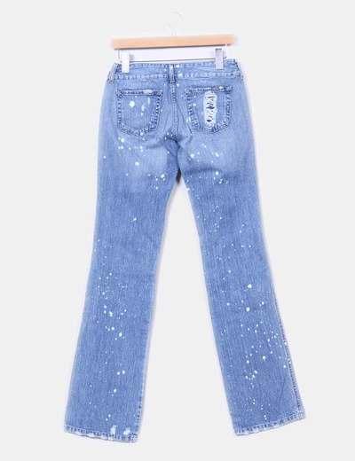 Jeans denim recto efecto motas