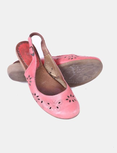 Zapato rojo destalonado