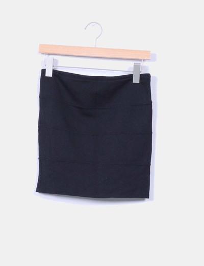 Falda mini negra Stradivarius