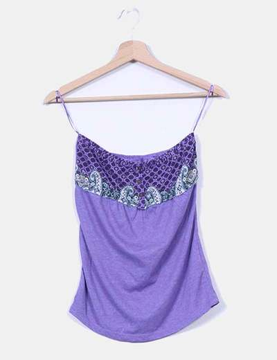 Top palabra de honor morado escote estampado Bershka