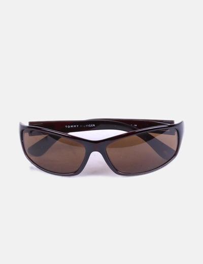 Gafas de sol con montura marron