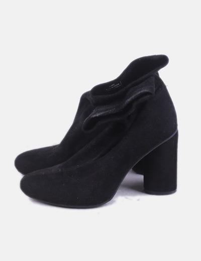 Botín calcetín negro con tacón