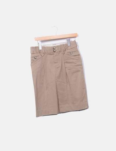 Falda tubo marrón botones
