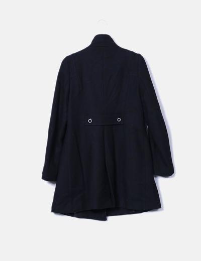 Abrigo negro doble botonadura
