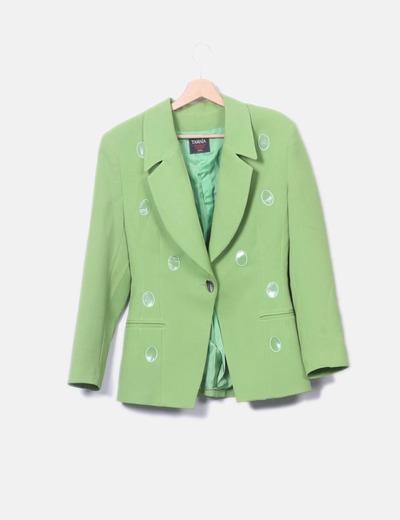 Blazer verde con detalles plastificados