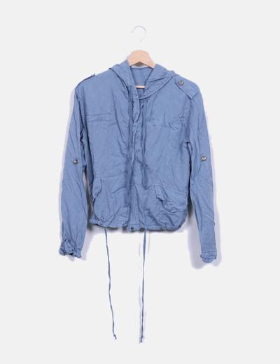 Chaqueta fina con capucha azul NoName