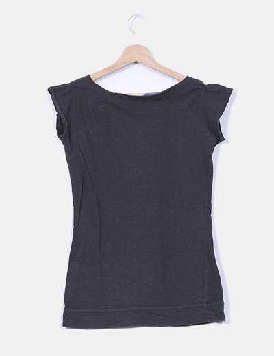 Camiseta felpa negra print lengtejuelas
