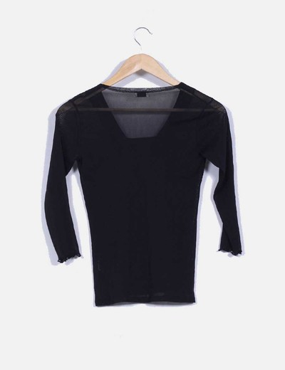 Blusa negra sem transparente de escote cuadrado
