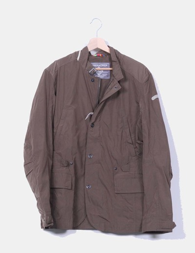 Chaqueta marron impermeable