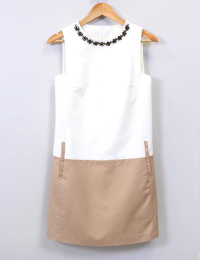 Robe beige et blanche zara