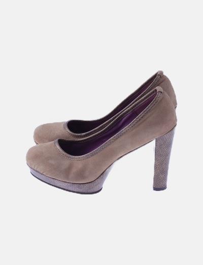 Zapato marrón antelina tacón animal print