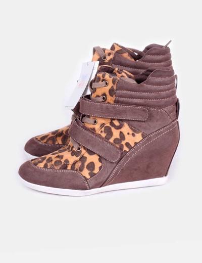 Chaussure de sport de coin de léopard imprimé animal Suiteblanco
