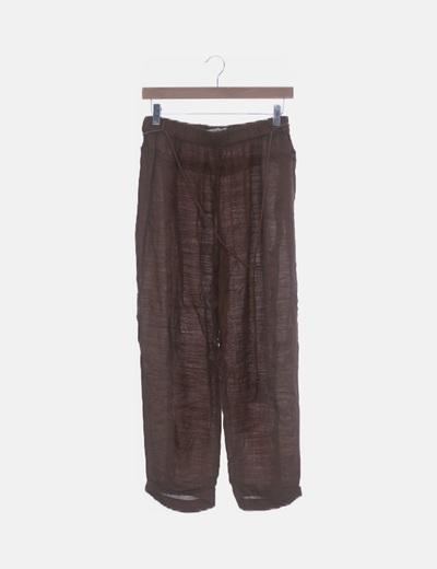 Pantalón baggy marrón desflecado