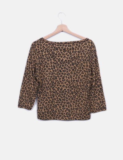 Sueter marron animal print