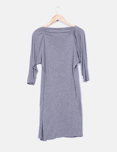 Vestido gris mangas drapeadas