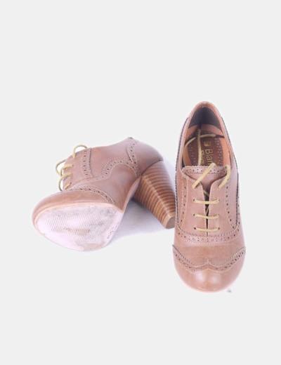 Tacón Color 84 Suiteblanco Cameldescuento Zapato Con Oxford tsChxQrd