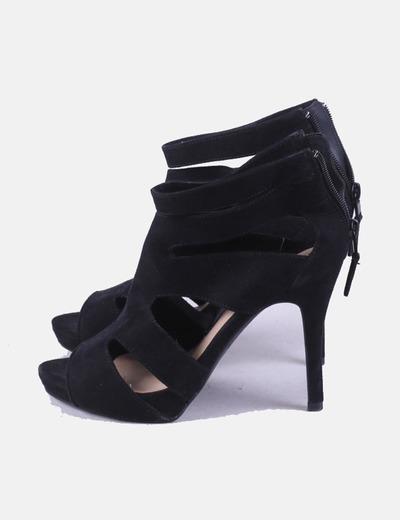 Zapato tacón abierto negro Bershka