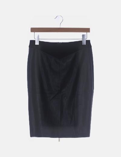 Falda midi negra polipiel