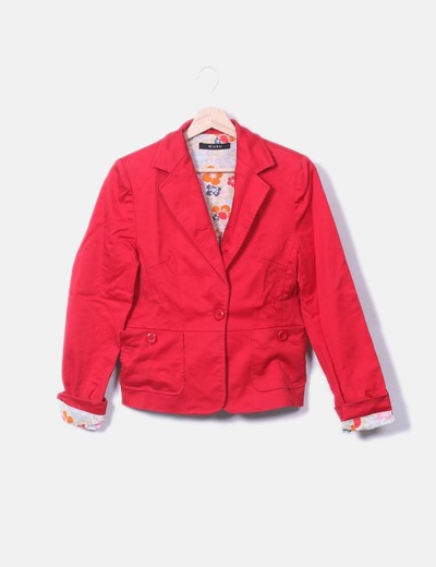 Blazer roja combinada