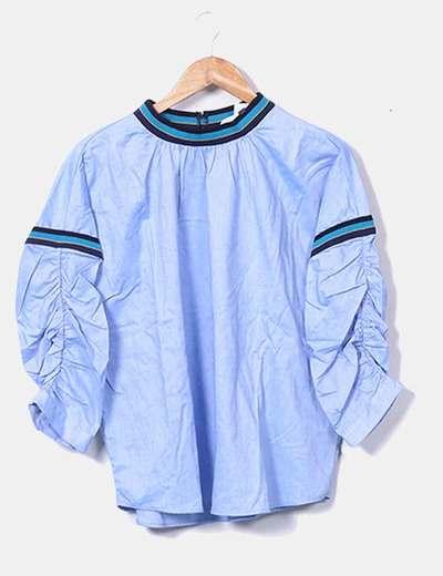 Blusa azul cuello combinado Zara