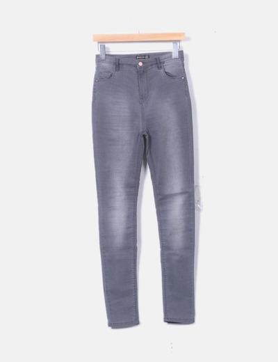 Pantalón denim gris oscuro