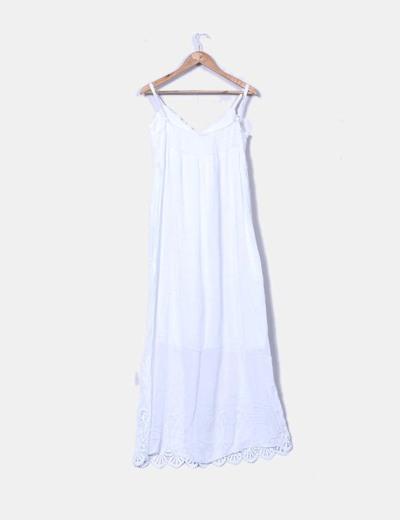 Maxi vestido blanco con crochet