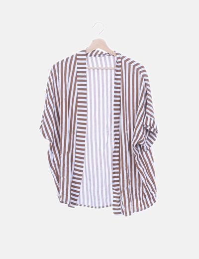 Conjunto de camisa y short fluido rayas marrones y blancas