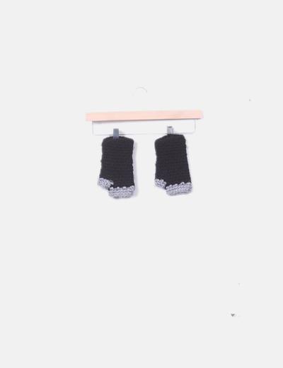 Guantes abiertos gris y negro