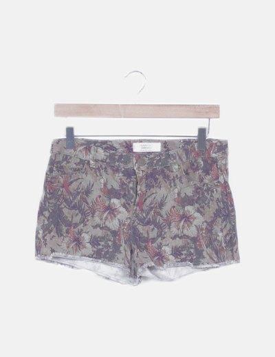 Short verde estampado tropical