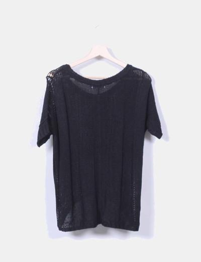 Jersey negro de punto troquelado