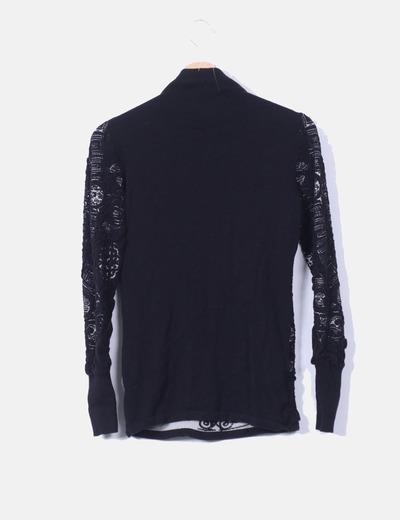 Sueter drapeado negro texturizado