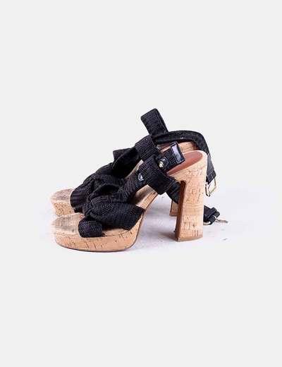 Sandalia negra suela caucho