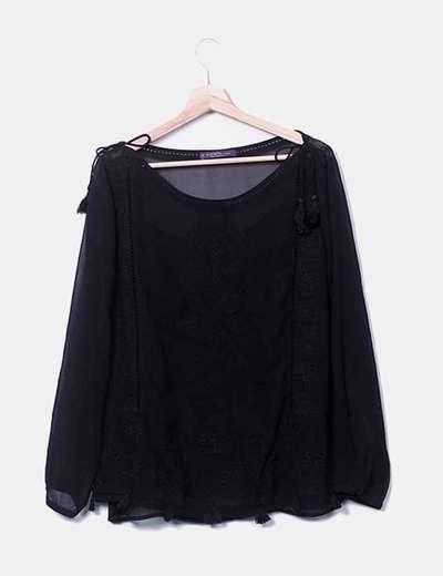 Blusa negra combinada Violeta  by mango