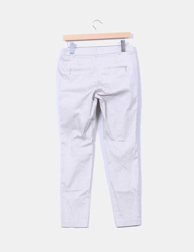 Pantalon beige detalle cremalleras
