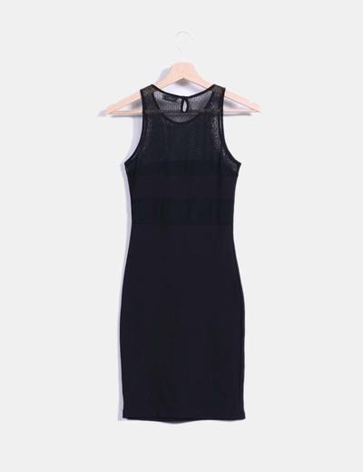Vestido negro combinado con encaje