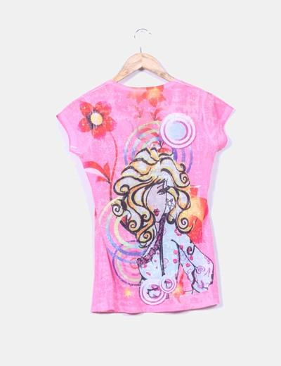 Camiseta rosa chica estampada