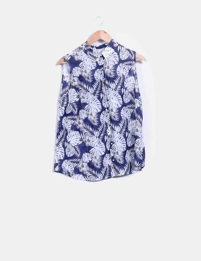 Blusa floral azul marino Stradivarius