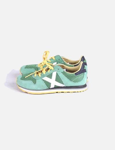 Chaussures vertes et jaunes de sport Munich
