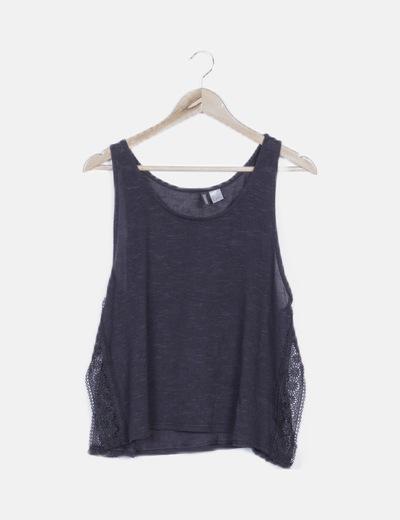 Camiseta tricot negra combinada