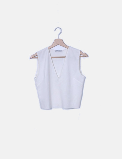Camiseta blanca escote pico
