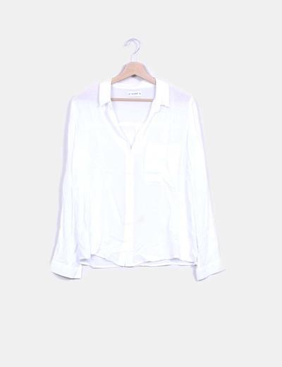 Blusa blanca fluida Pull&Bear