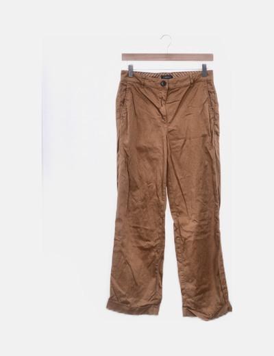 Pantalón chino ocre