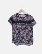 Blusa semitransparente floral detalle encaje Lefties