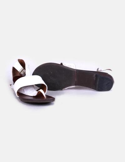 Sandalia blanca texturizada