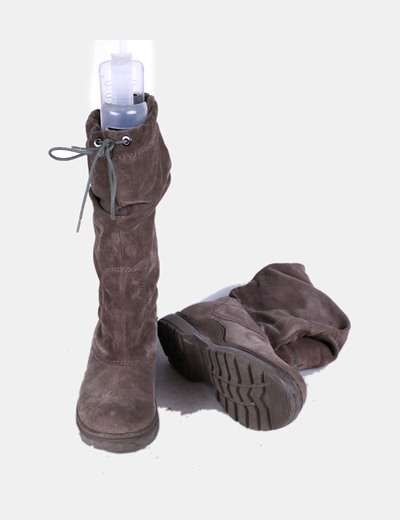 Botas ante gris ajustables