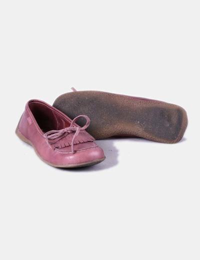 Bailarina de cuero rosada detalle flecos y lazo