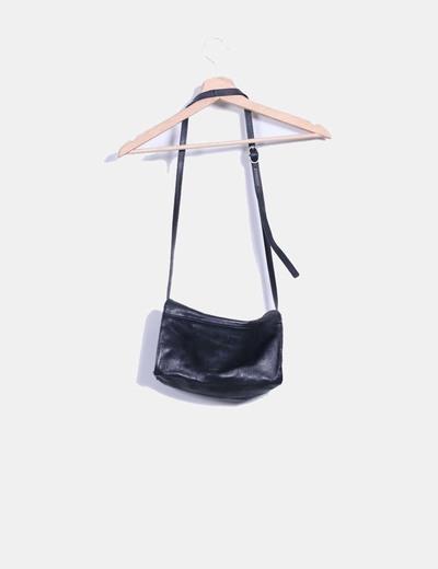 Mini bolso negro de piel