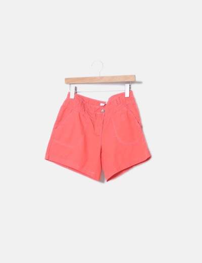 Bermuda naranja con bolsillos